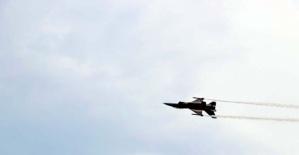 Samsun'da gösteri uçuşu