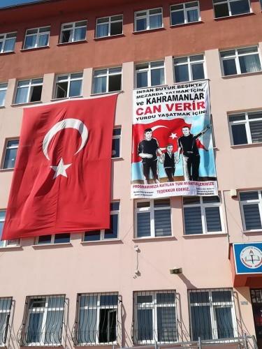 Mustafa Erdin İlk ve Ortaokulu