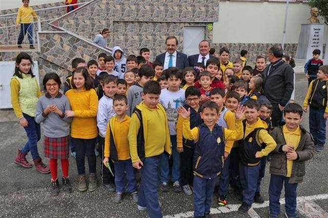 Öğrencilerden Başkan Şahin'e Teşekkürler