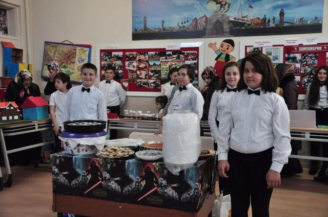 Tekkeköy'de ortaokul sergi
