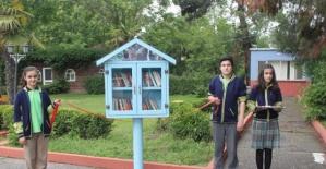Parklarda Kütüphane, Okumak Şahane!