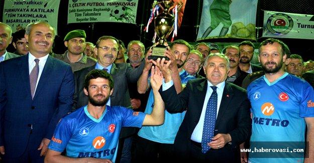 Bafra 1.Çeltik Futbol Turnuvalarında Kupalar Sahiplerini Buldu