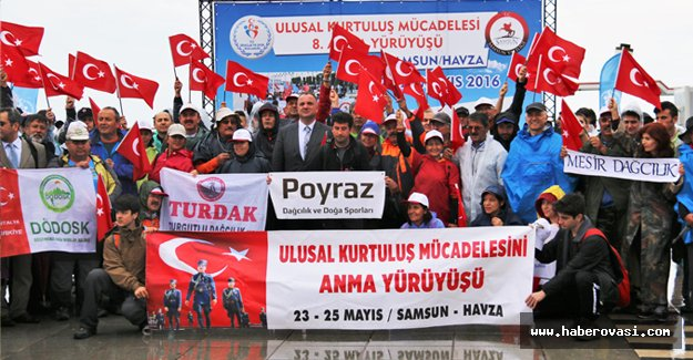 Samsun'da kurtuluş mücadelesini anma yürüyüşü