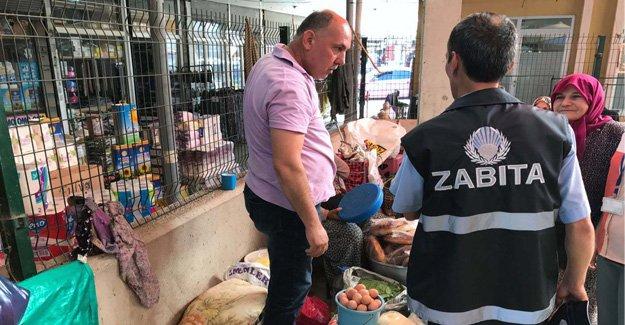 Bafra Zabıtası Satıcılara Ceza Yağdırdı