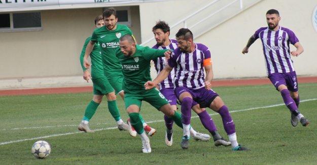 Çarşambaspor Sinopspor'u darma dağın etti