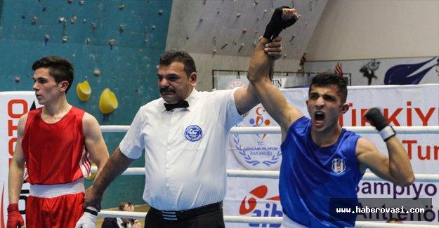 Boks Şampiyonası Samsun'da başladı