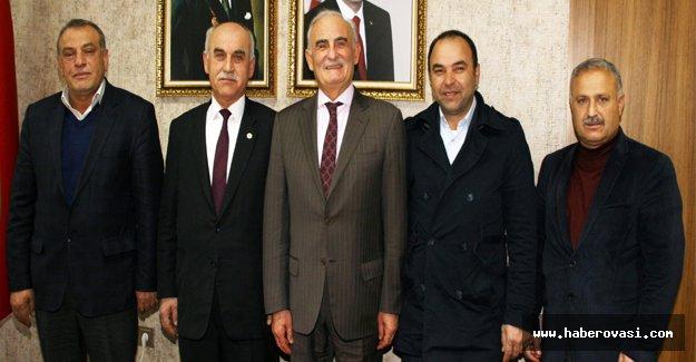 Yılmaz AK Parti halkın hizmetkarı olmasıdır