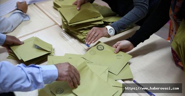 Ak Parti İstanbul'da 38 İlçede itiraz etti