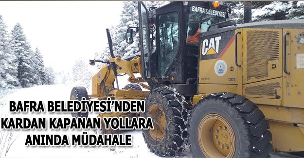 Bafra Belediyesi'nden Kardan Kapanan Yollara Anında Müdahale