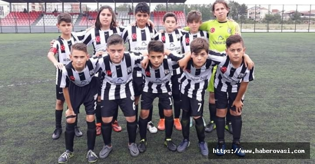 Bafra'nın Yıldız Gençleri sahaya iniyor