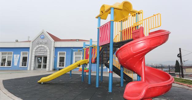 Canik'te parklar yenileniyor…