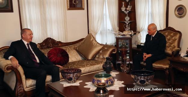 Erdoğan , Bahçeli'yi evinde ziyaret etti