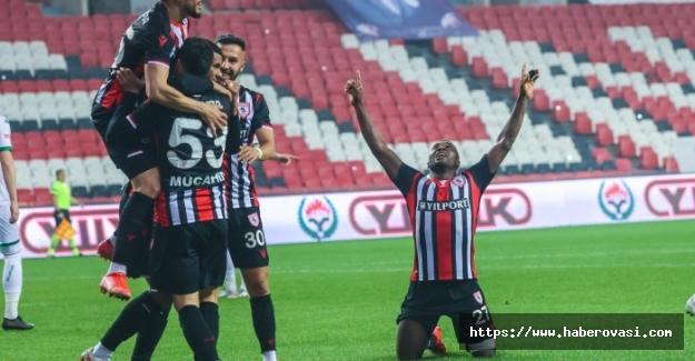 Samsunspor Bursaspor'u ezdi