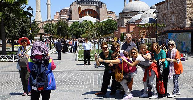 Yabancı turist sayısı geriledi