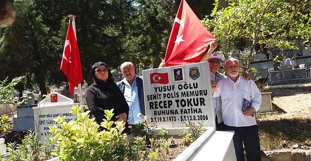 Şehit Polis Memuru Recep Tokur Kabri Başında Anıldı