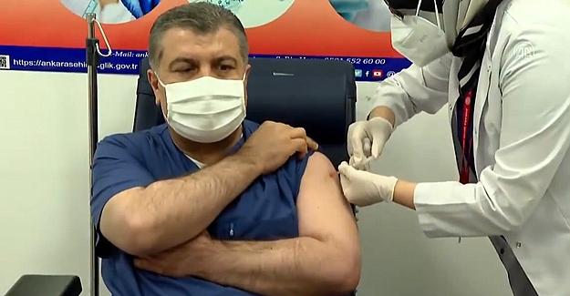 Sağlık Bakanı KOCA Çin aşısını vuruldu