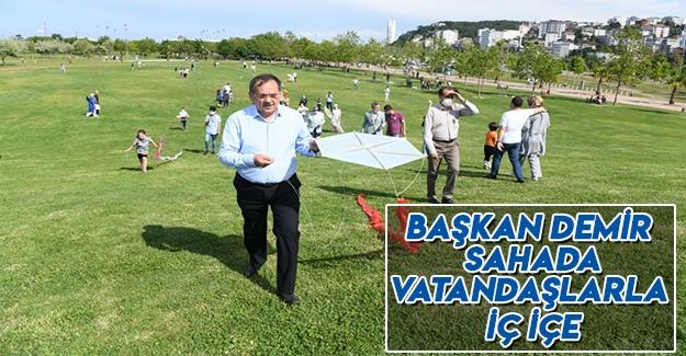 Başkan Demir, Sahada Vatandaşlarla İç İçe