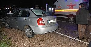 İki otomobil kafa kafaya çarpıştı çok sayıda yaralı var