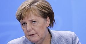 Merkel'den skandal Türkiye açıklaması