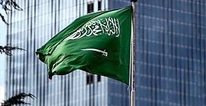Suudi Arabistan batıyor!