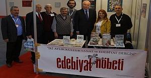 Bafra Edebiyat Nöbeti ödülünü aldı
