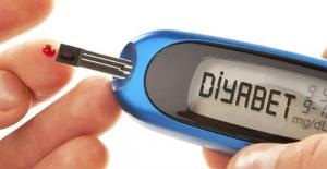 Diyabet hangi göz hastalıklarına yol...