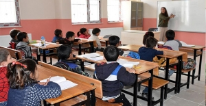 Okullar Açılırken En Büyük Soru İşareti:...