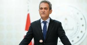 Bakan Mahmut Özer: Okulları kapatma lüksümüz...